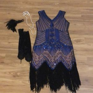 1920s costume dress and accessories